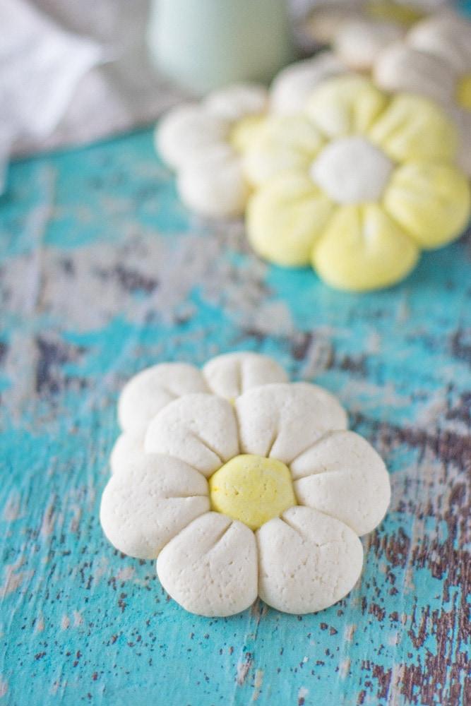 fiori di biscotto